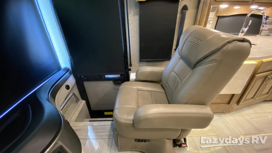 2019 Fleetwood RV Discovery 38K