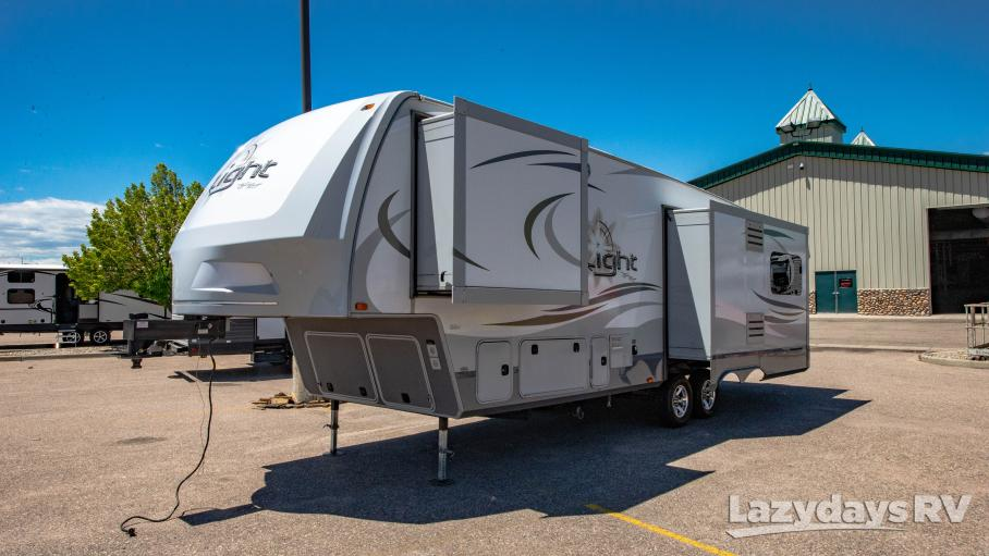 2015 Open Range Light 318RLS
