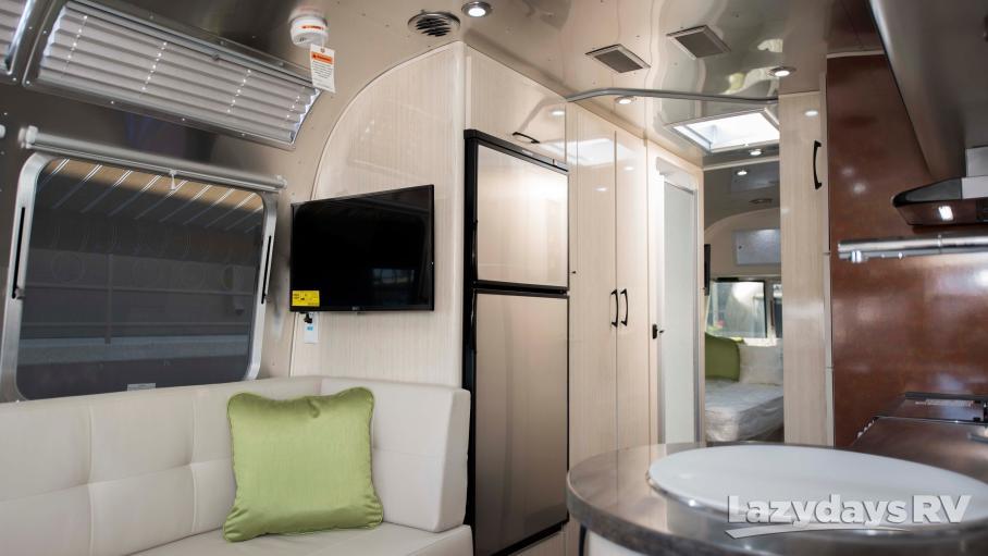 2020 Airstream International Serenity 27FB Twin