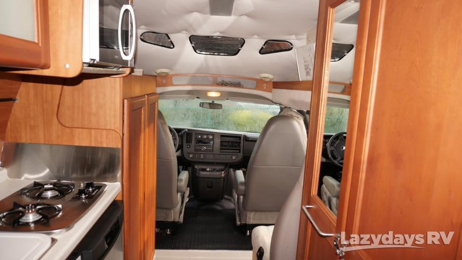 2011 Roadtrek Simplicity 210