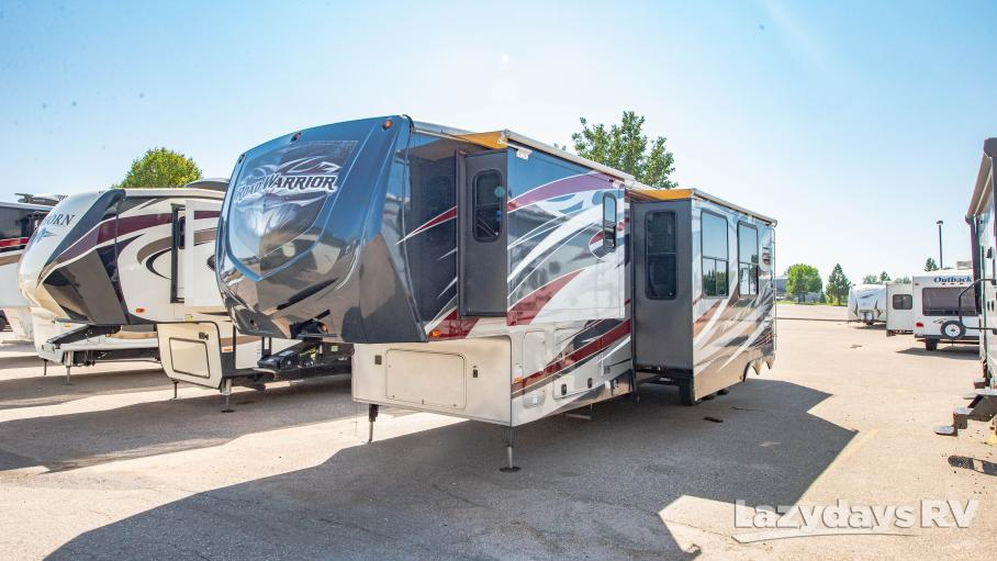 2012 Heartland Road Warrior 381CK