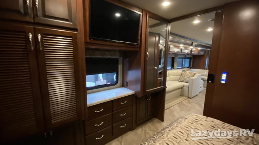 2017 Fleetwood RV Bounder 35K