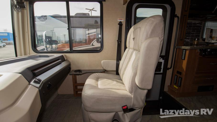 2017 Fleetwood RV Bounder 36Y