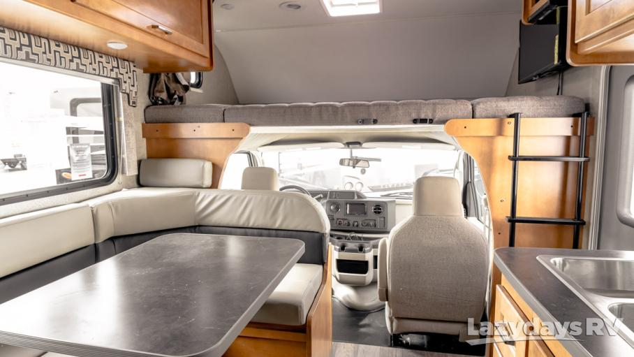 2019 Winnebago Spirit 22M