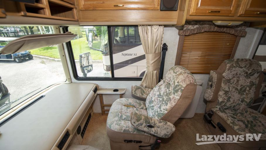 1998 Fleetwood RV Bounder 36S