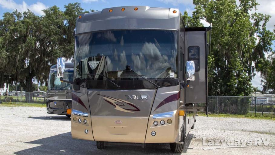 2009 Winnebago Tour 40WD