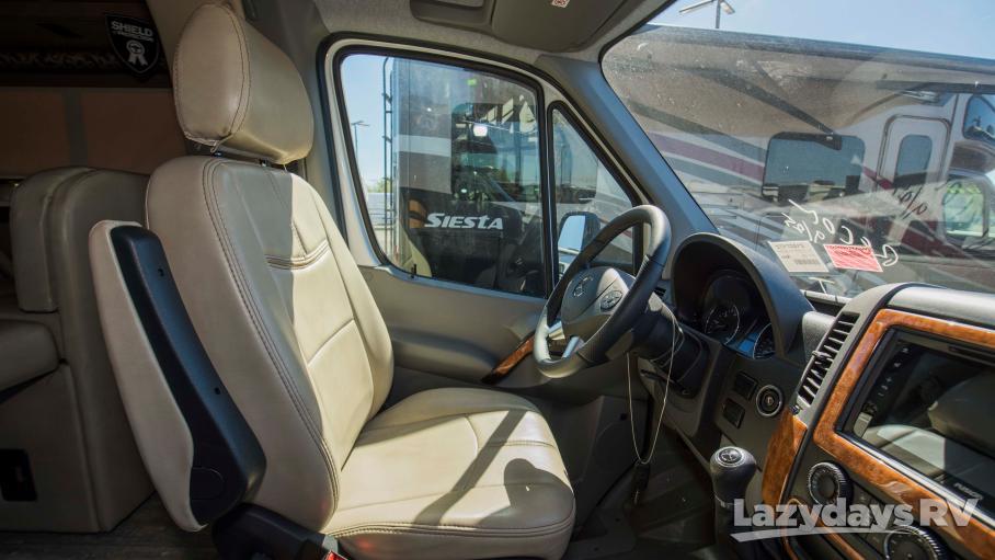 2019 Thor Motor Coach Four Winds Siesta Sprinter 24SS