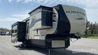 2014 CrossRoads RV Rushmore