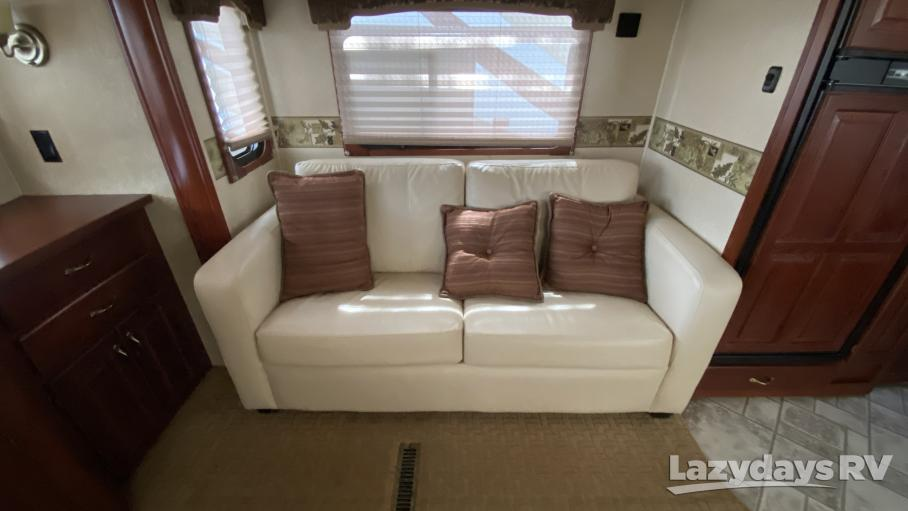 2009 Carriage Cameo 37RE