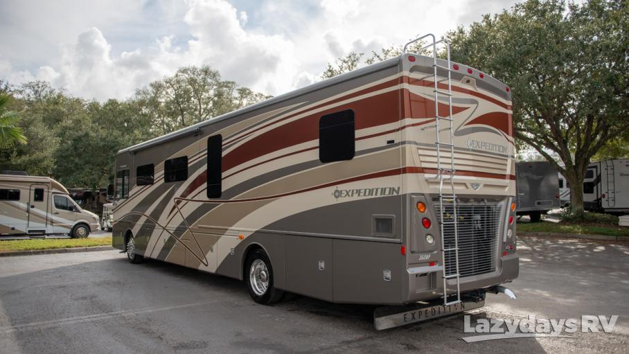 2015 Fleetwood RV Expedition 40X