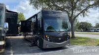 2019 Fleetwood RV Pace Arrow
