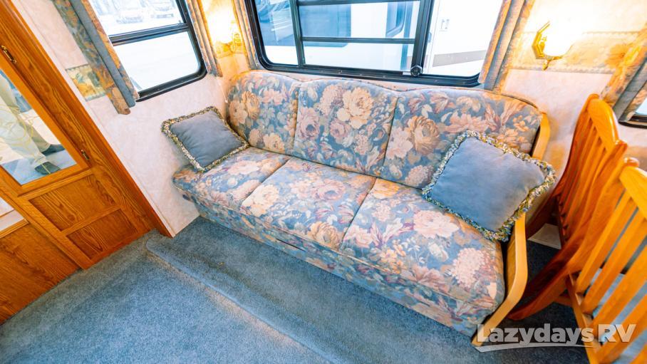 2004 Dutchmen Komfort 27FS