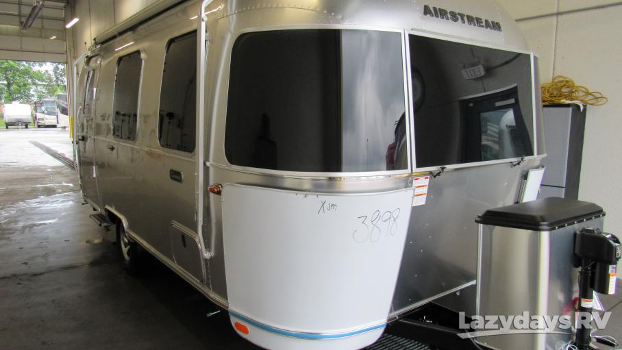 2021 Airstream Caravel