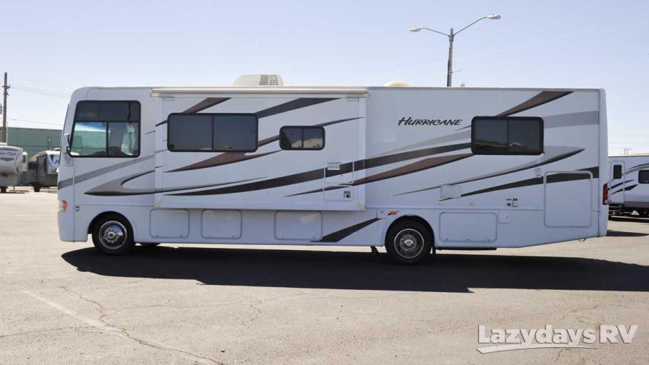 2012 Thor Motor Coach Hurricane 32D