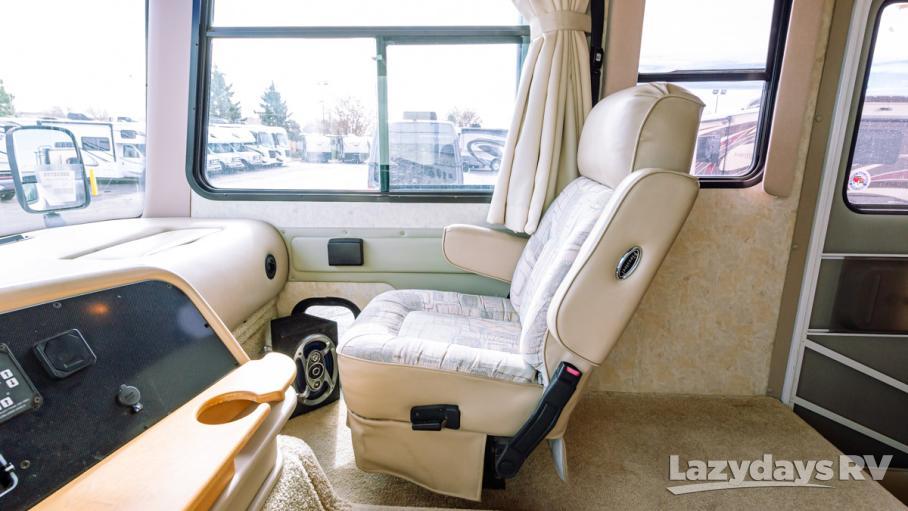 2005 Tiffin Motorhomes Allegro 30DA