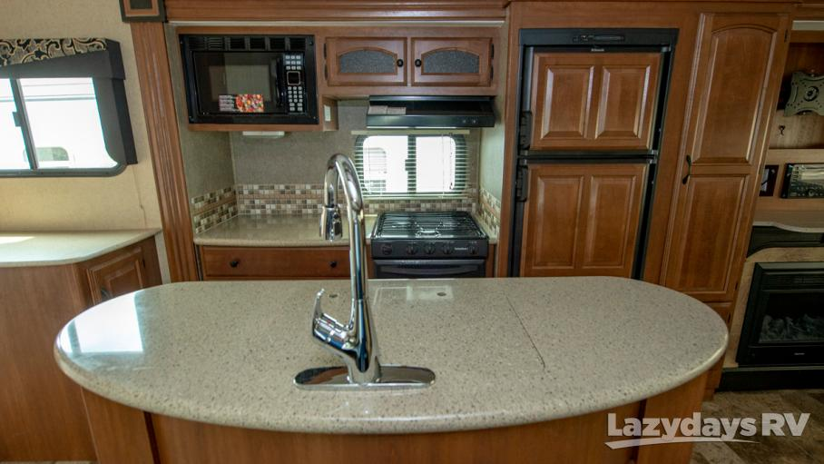 2014 Coachmen Freedom Express 322RLDS
