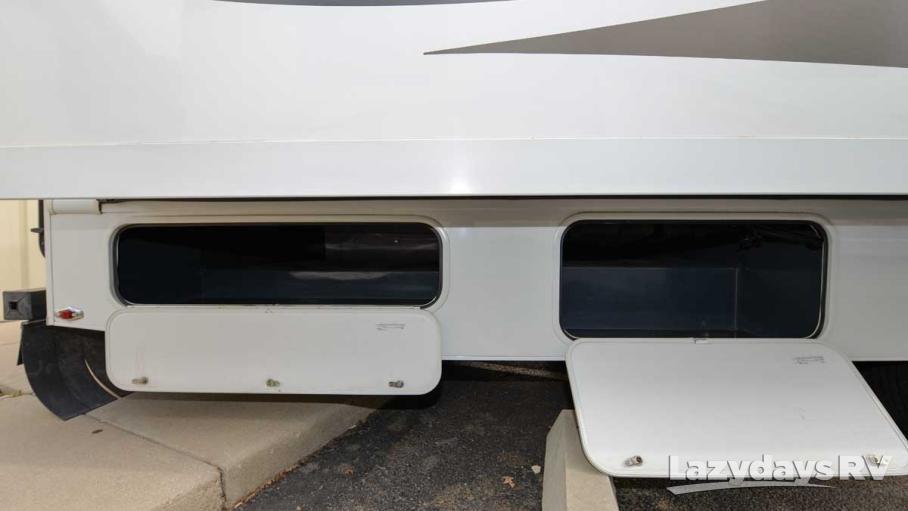 2012 Nexus Phantom M-32P