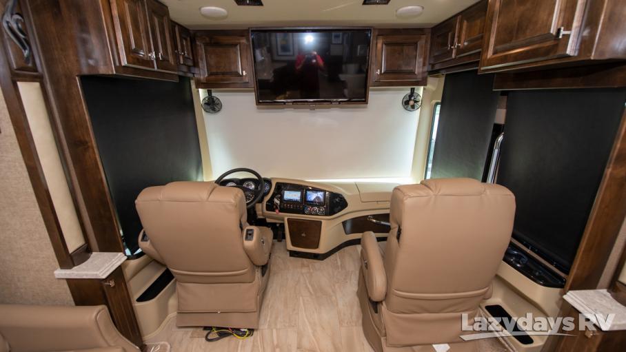2019 Tiffin Motorhomes Phaeton 44OH
