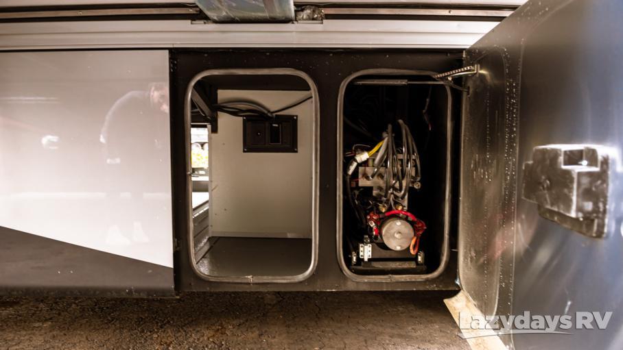 2020 Tiffin Motorhomes Phaeton 44OH