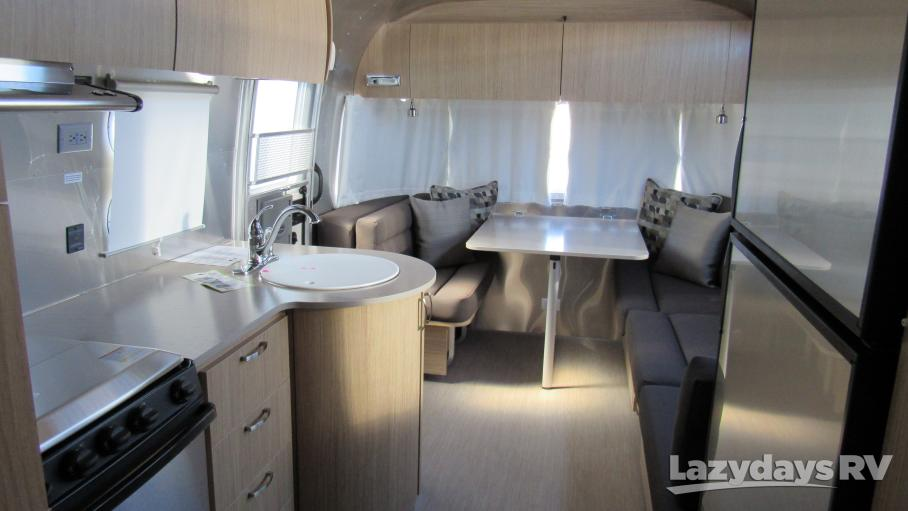 2019 Airstream Flying Cloud 27FB