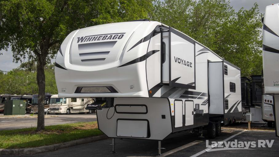 2021 Winnebago Voyage 3134RL