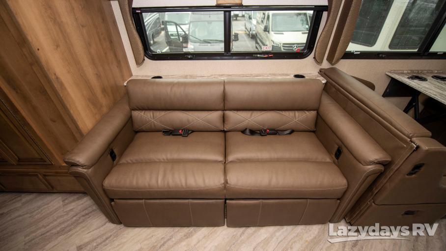 2020 Fleetwood RV Bounder 36F
