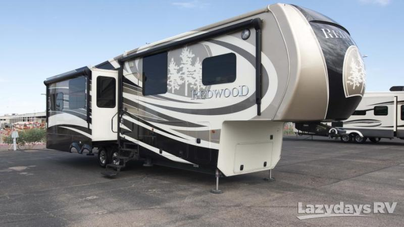 2014 Crossroads RV Redwood