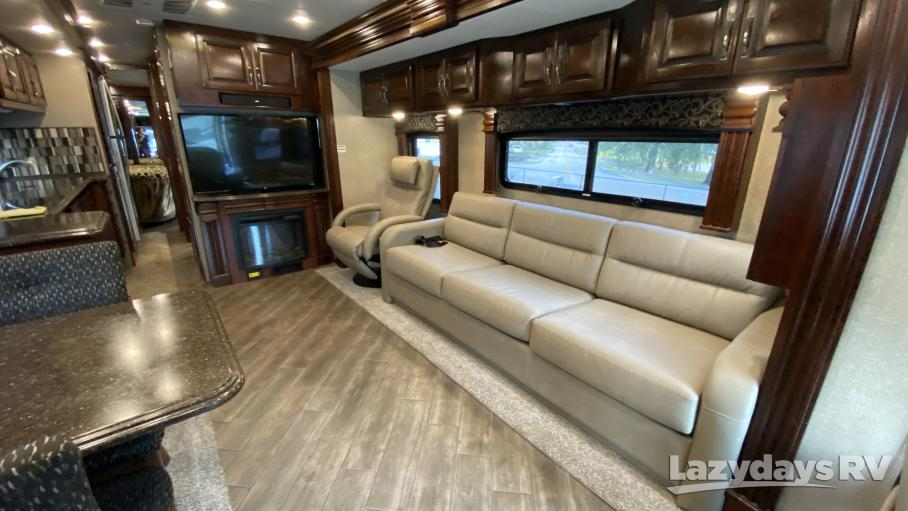 2018 Fleetwood RV Discovery 39F