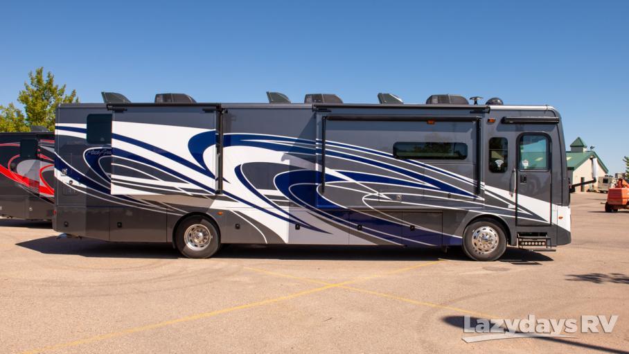 2020 Fleetwood RV Pace Arrow LXE 38K