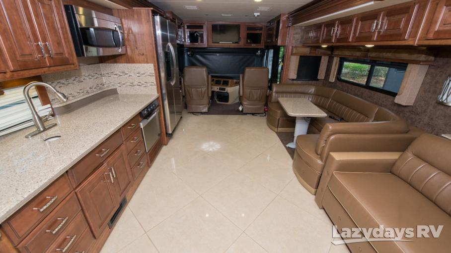2014 Fleetwood RV Discovery 40G
