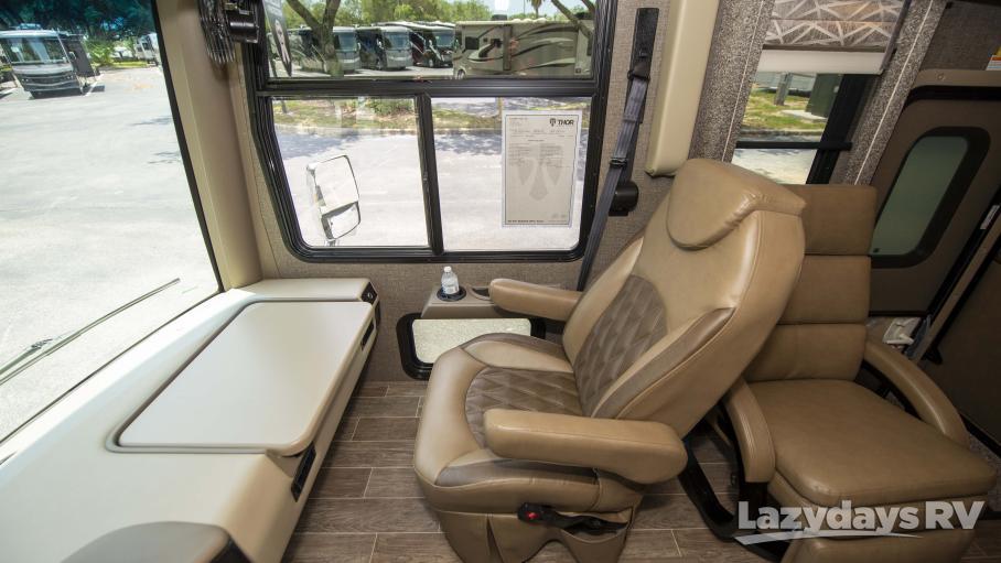 2020 Thor Motor Coach Palazzo 33.2