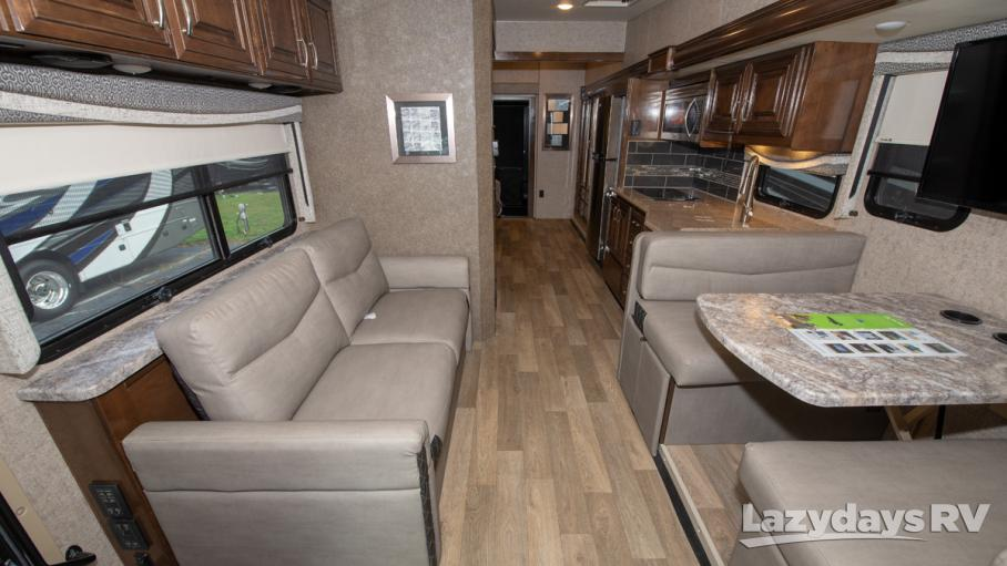 2019 Thor Motor Coach Outlaw 38MB