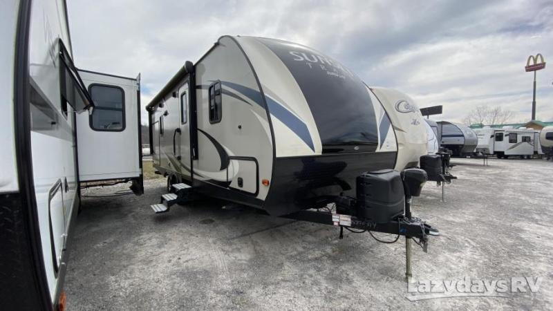 2017 Crossroads RV Sunset Trail Super Lite