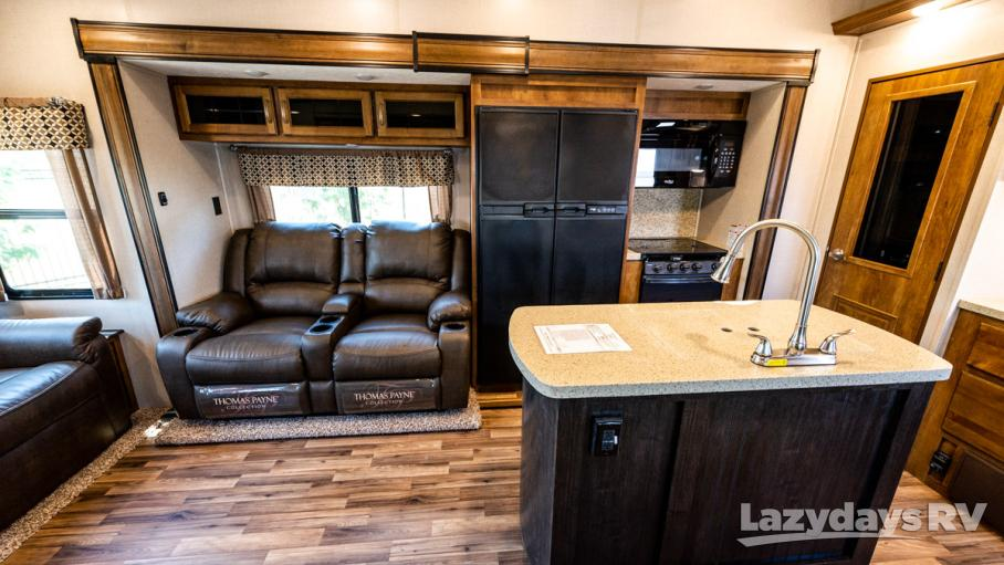 2019 Coachmen Chaparral 298RLS