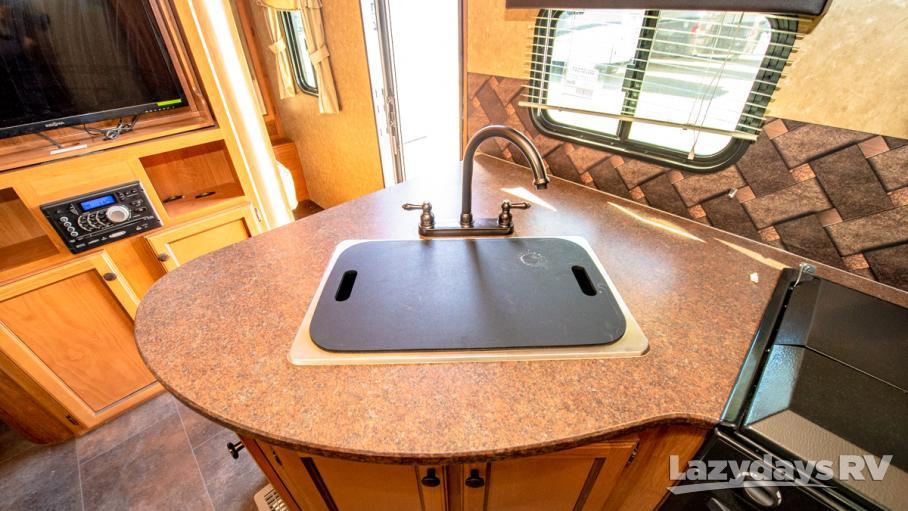 2015 Crossroads RV Sunset Trail Super Lite TT 290QB