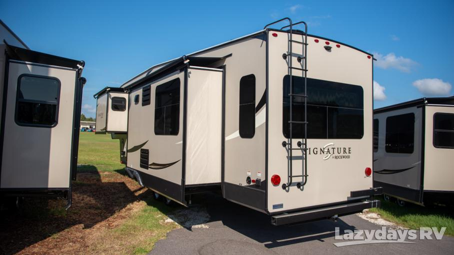 2020 Forest River Rockwood Signature Ultra Lite 8288SB