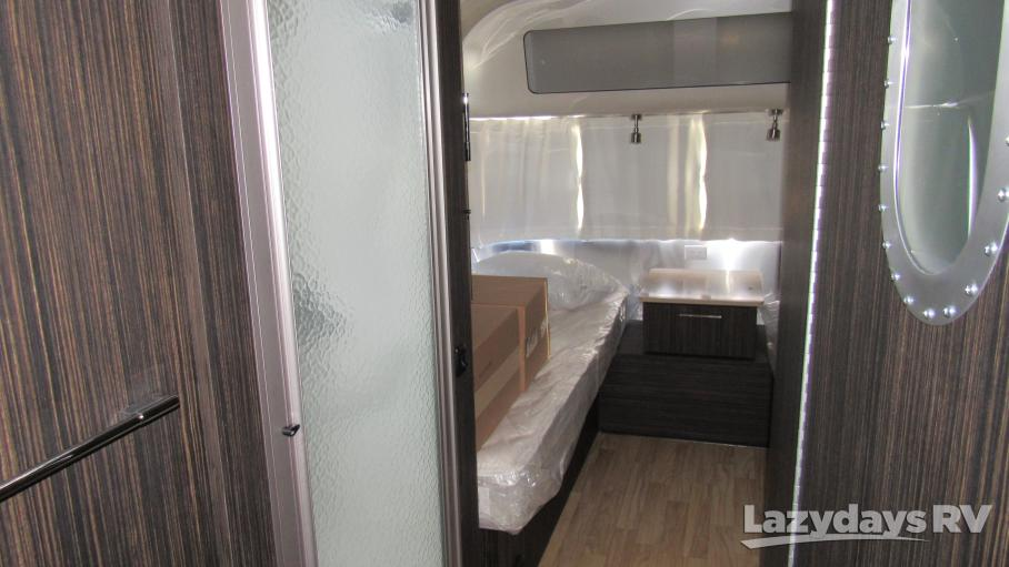2019 Airstream International Signature 30RB Twin