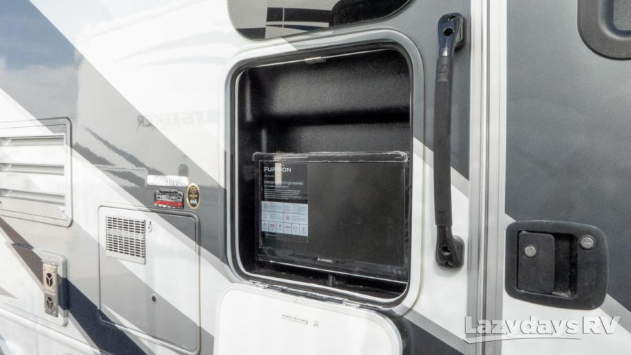 2020 Forest River Sunseeker MBS 2400WSD