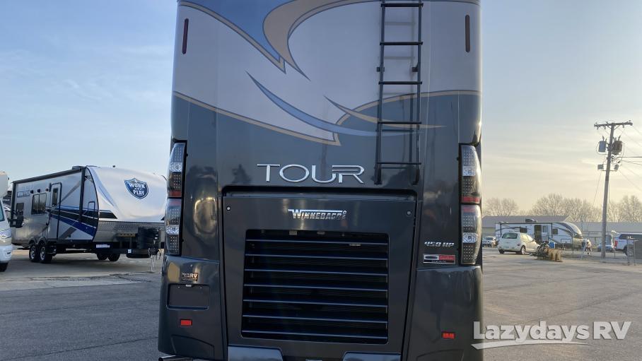 2016 Winnebago Tour 42HD