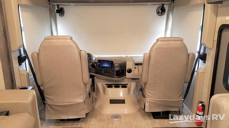 2021 Thor Motor Coach Miramar 35.4
