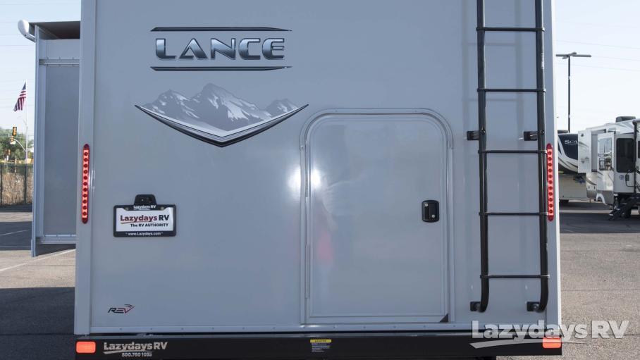 2021 Lance Lance 2445