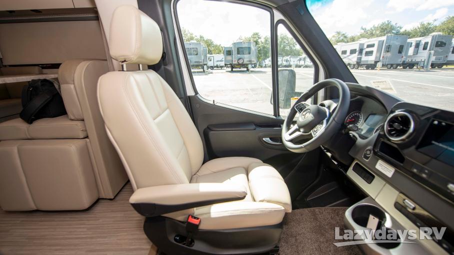 2020 Thor Motor Coach Tiburon 24TT
