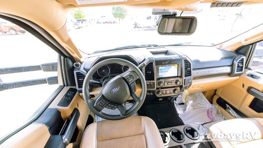2020 Thor Motor Coach Omni BH35