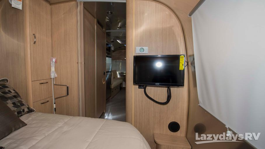 2019 Airstream Flying Cloud 25RB