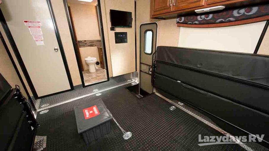 2015 Thor Motor Coach Outlaw C 35SG