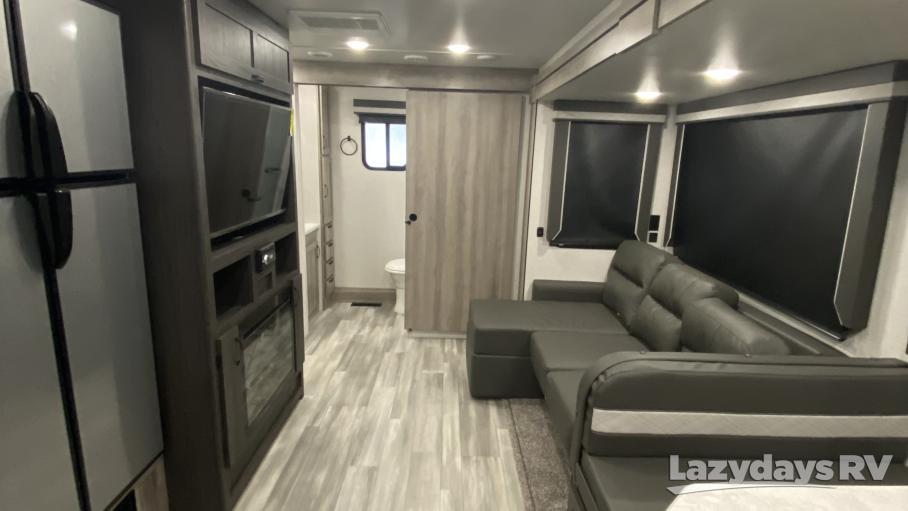2021 Winnebago Voyage 2831RB