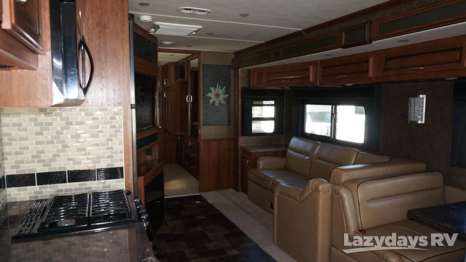 2014 Fleetwood RV Bounder 35K