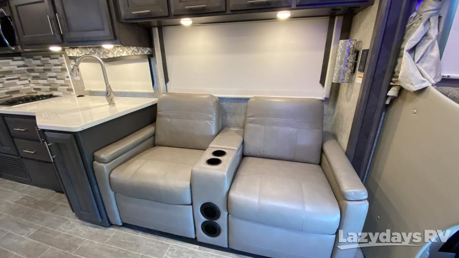 2021 Thor Motor Coach Omni SV34