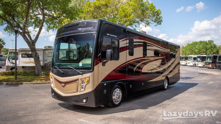 2015 Fleetwood RV Excursion 33D
