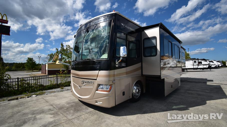 2007 Fleetwood RV Discovery 39L